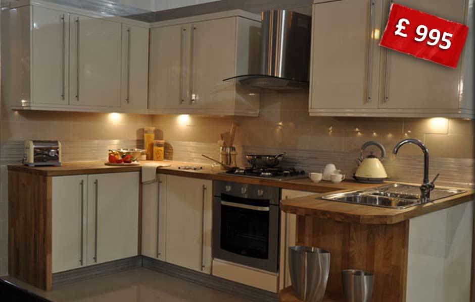 Sale On High Gloss Kitchen
